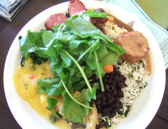 Prato de comida em restaurante (Foto: Lucia H Clark/Panoramio)