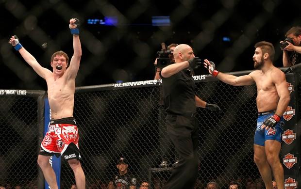 Darren Elkins x Antonio Carvalho UFC 158 (Foto: Getty Images)