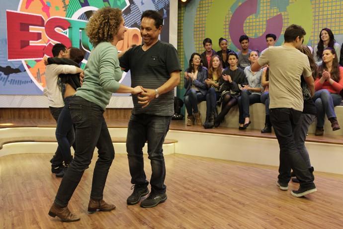 A galera invadiu o nosso palco e dançou ao som do Forró Maneiro (Foto: Luiz Renato Correa/RPC)