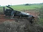 Motorista perde controle e capota veículo em rodovia de Dolcinópolis