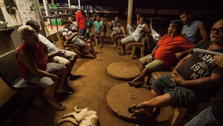 caminhos-parada-posto-caminhoneiros (Foto: Marcelo Curia/Ed. Globo)