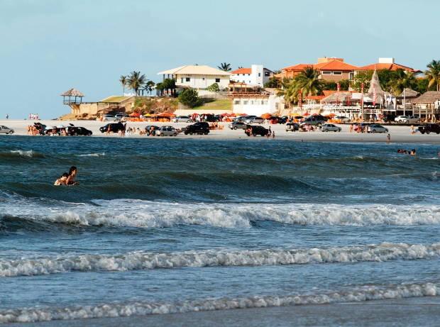 A praia do Farol Velho é uma das mais visitadas, lá ficam as mansões. (Foto: Oswaldo Forte/Amazônia Hoje)