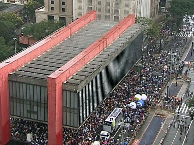 Ato dos professores no Masp nesta sexta-feira (Foto: Reprodução/TV Globo)