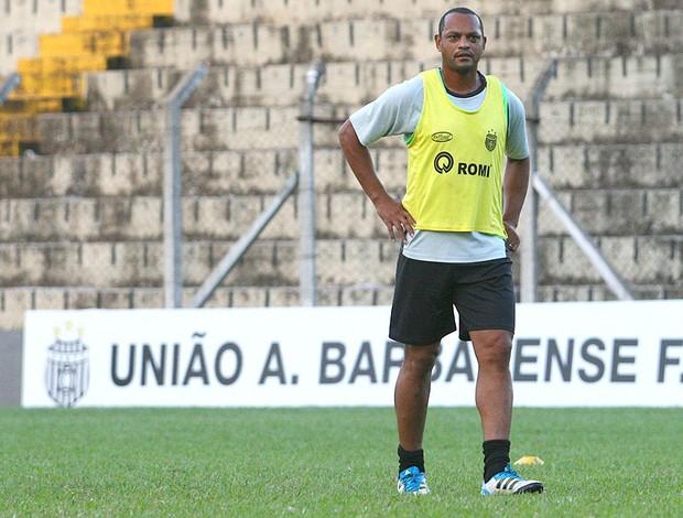 Atacante Tuta, do União Barbarense (Foto: Anderson Rodrigues / Globoesporte.com)