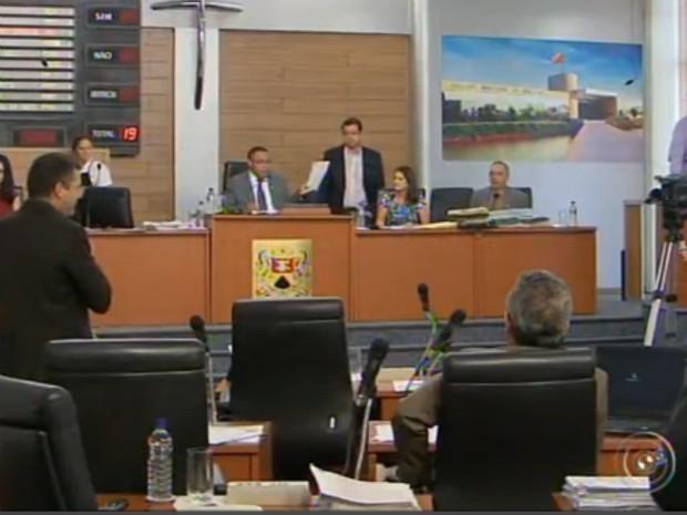 Vereadores rejeitam a CPI do projeto 'Sorocaba Total' (Foto: Reprodução / TV TEM)