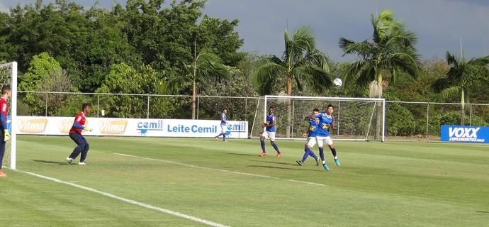 Treino do Cruzeiro na Toca da Raposa II (Foto: Marco Antônio Astoni/GloboEsporte.com)