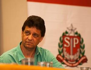 Jogos Abertos secretário de esportes de Cotia (Foto: Aline Furlanetto/JAI 2012)