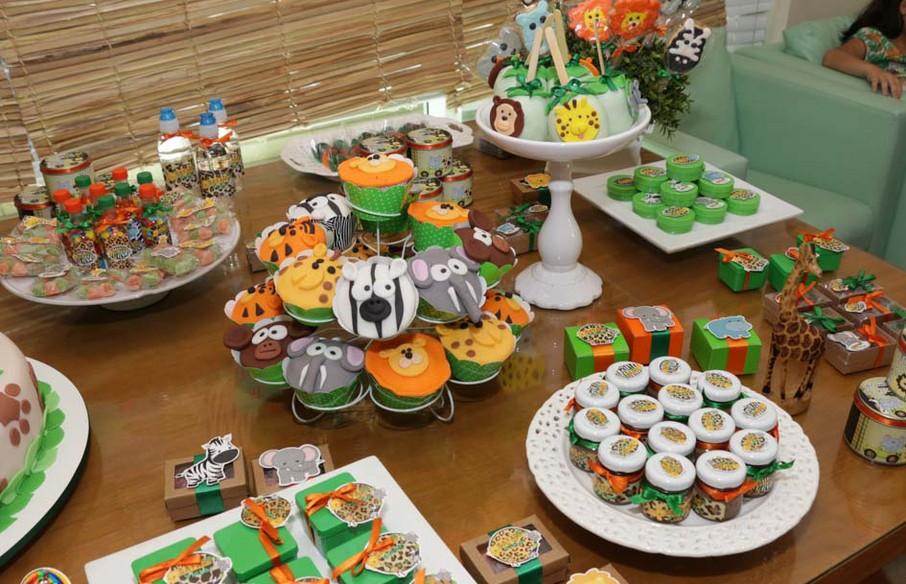 Veja fotos de como decorar uma festa infantil com tema