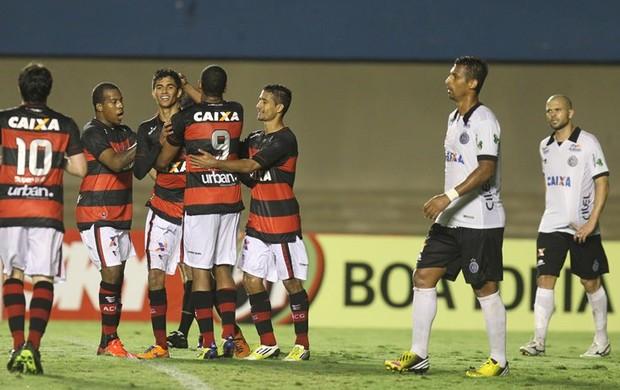 Atlético-GO x ASA no Serra Dourada, em Goiânia (Foto: Renato Conde/O Popular)