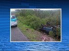Mulher morre e seis pessoas ficam feridas após carro capotar na BR-423
