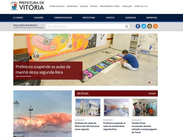 Reprodução do site da prefeitura de Vitória informa sobre suspensão de aulas e de atendimento na rede municipal de saúde (Foto: Reprodução / Site da prefeitura de Vitória)