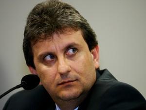 Doleiro Alberto Youssef passa mal e é levado para hospital em Curitiba