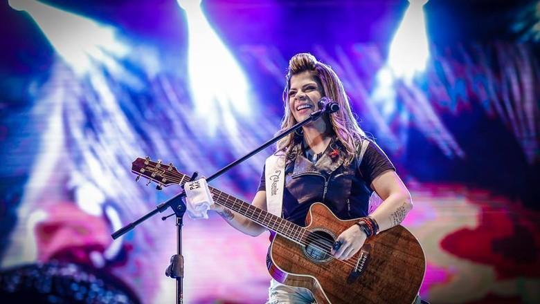 paula-mattos-cantora (Foto: Reprodução/ Facebook Paula Mattos)