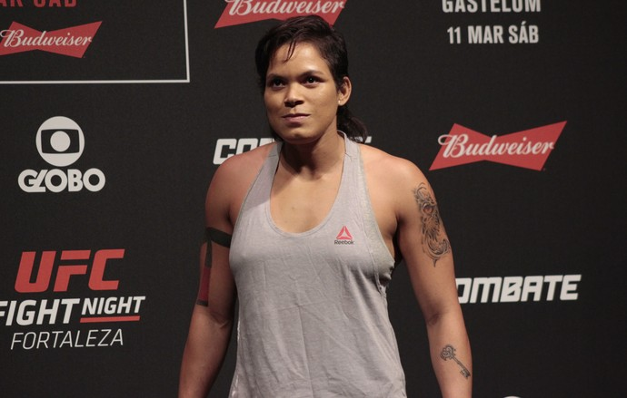 Amanda Nunes UFC Fortaleza (Foto: Adriano Albuquerque)