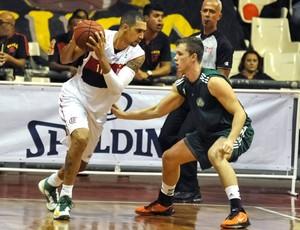 Marquinhos basquete Flamengo Palmeiras (Foto: Bia Alves / Fotoarena / Agência Estado)