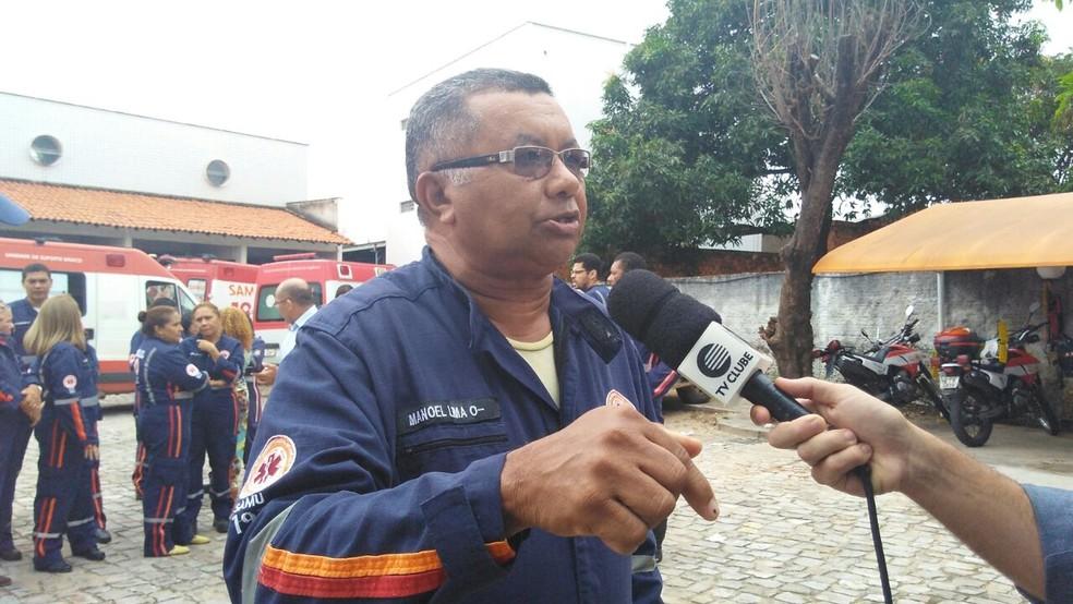 Servidor reclama dos cortes no salário (Foto: Gilcilene Araújo/G1)