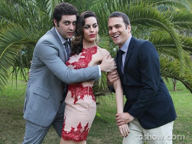 Será que Luciana vai conseguir se decidir por um deles? (Foto: Carol Caminha / TV Globo)
