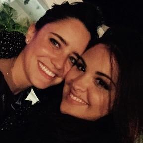 Fernanda Vasconcellos com  Rafaella, filha de Cristiana Oliveira, em festa no Rio (Foto: Instagram/ Reprodução)