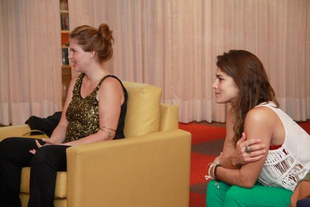 Carolinie Figueiredo e Priscila Fantin (Foto: Anderson Barros / EGO)
