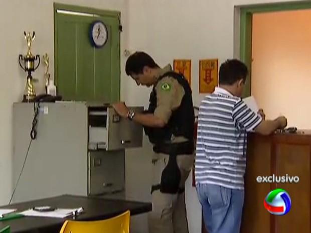 Gaeco e PRF fazem operação contra falsificação de CNHs (Foto: Reprodução/TV Morena)