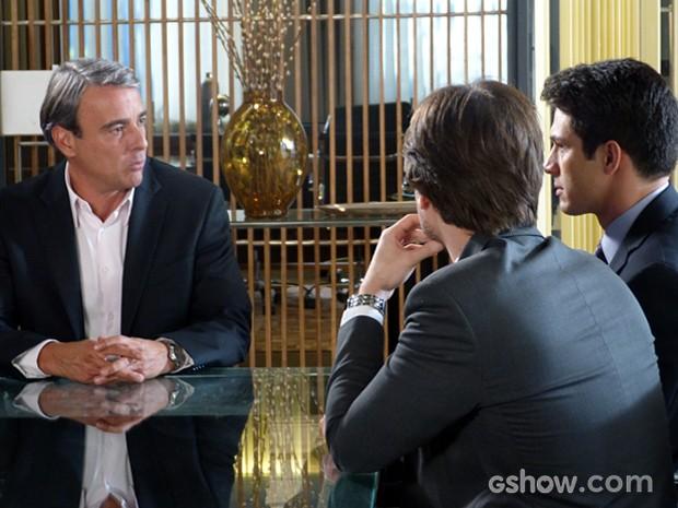 Thomaz não perdoa a armação de Álvaro e o demite (Foto: Além do Horizonte/TV Globo)