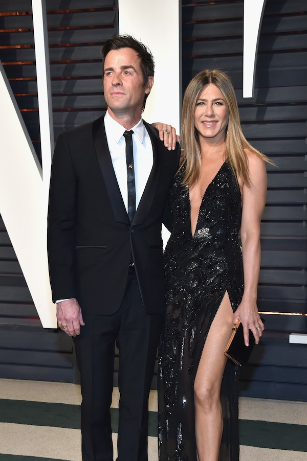 Jennifer Aniston no Oscar 2017 com o marido, o ator Justin Theroux (Foto: Getty Images)