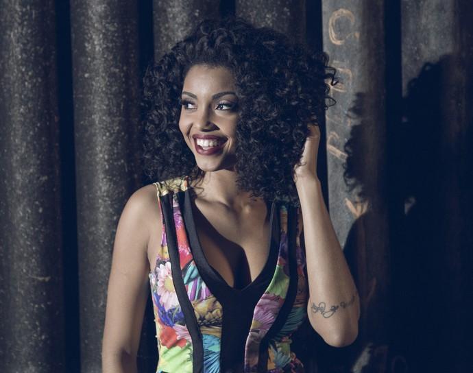 Pâmella Gomes na gravação do clipe de 'Malandramente' (Foto: Victor Montagner/Divulgação)