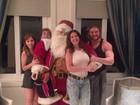 Thor volta a chamar a atenção por músculos em foto com a família