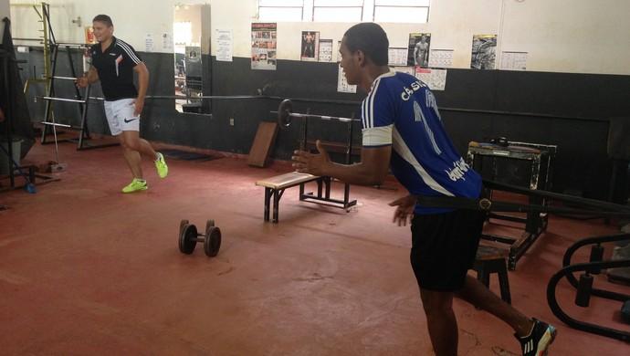 Zagueiro do Guajará precisa perder 20kg (Foto: Dayanne Saldanha)