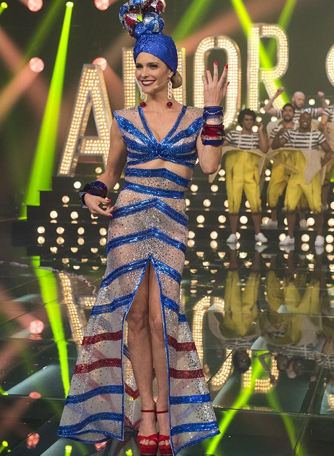 Fernanda Lima posa com look do programa Carnaval (Foto: Globo/Estevam Avellar)