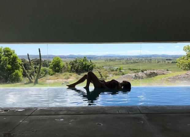 Sthefany Brito curte momento relax em hotel de luxo (Foto: Reprodução/Instagram)