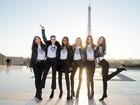 Na véspera do Victoria's Secret Fashion Show, tops posam em Paris