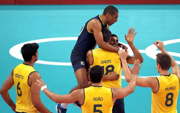 Brasil x Tunisia,  Leandro Vissotto, Serginho, Sidnei, Dante e Murilo (Foto: Agência Reuters)