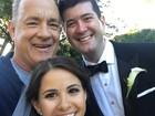 Tom Hanks 'invade' casamento em Nova York e tira selfie com os noivos
