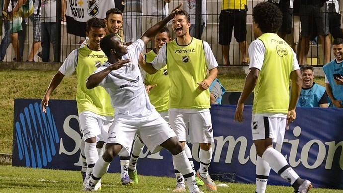 ABC x Fortaleza - Estádio Frasqueirão - gol Jones Carioca (Foto: Frankie Marcone/ABC)