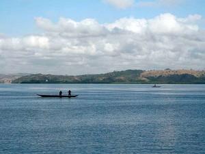 Naufrágio ocorreu perto de Canal do Rio Paraguaçu (Foto: Leandro Alves/BahianaMídia.Com)