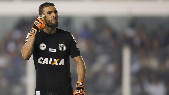 Vanderlei cobra atenção do time durante jogo contra a Chapecoense (Foto: MARCO GALVãO/FOTOARENA/ESTADÃO CONTEÚDO)