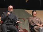 Flip mistura poesia e 'comédia stand-up' na manhã de domingo
