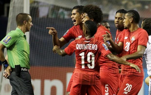 México 2 x 1 Panamá Copa Ouro - AP