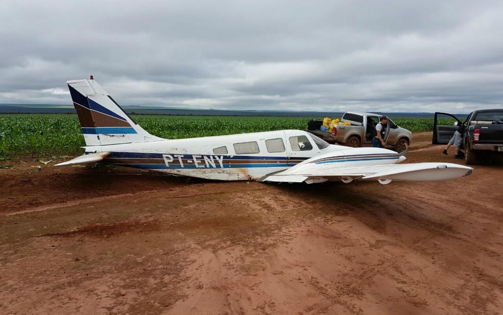 Avião com pasta base de cocaína caiu em Tangará da Serra (MT) (Foto: Divulgação/PM-MT)