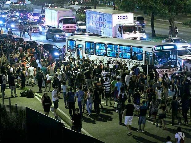 Manifestantes que promoveram atos de vandalismo serão investigados  (Foto: Canindé Soares/Cedida)