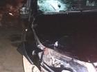 Mulher morre ao ser atropelada por carro funerário na BR-153, em Goiás