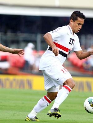 Jadson na partida do São Paulo contra o Fluminense (Foto: Marcos Bezerra / Ag. Estado)