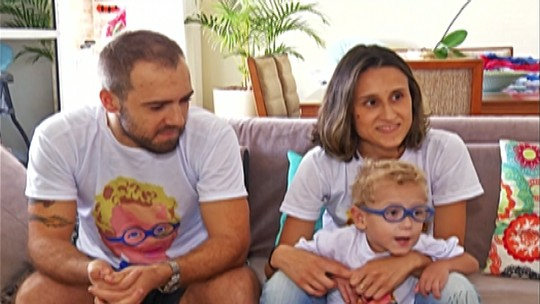 Pais doam para outra criança dinheiro de campanha por cirurgia para filho
