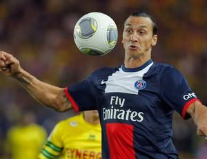 Ibrahimovic PSG x nantes (Foto: Reuters)