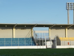 Estádio da Graça, em João Pessoa (Foto: Renata Vasconcellos)