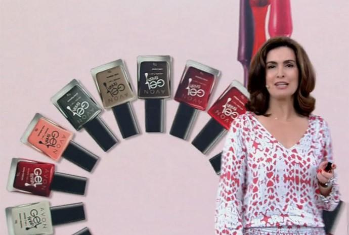 Fátima recebe blogueira que ensina a decorar as unhas (Foto: Gshow /TV Globo)
