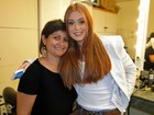 Marina Ruy Barbosa muda o visual e vai ao Domingão de cabelos lisos