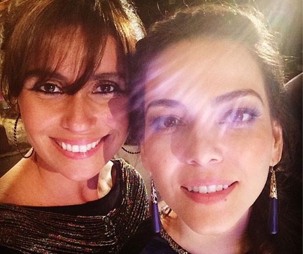 "Giovanna Antonelli posta ""selfie"" com Tainá Müller"