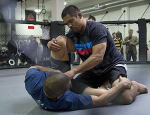 Lutador do UFC Mark Muñoz treinando (Foto: Divulgação/UFC)